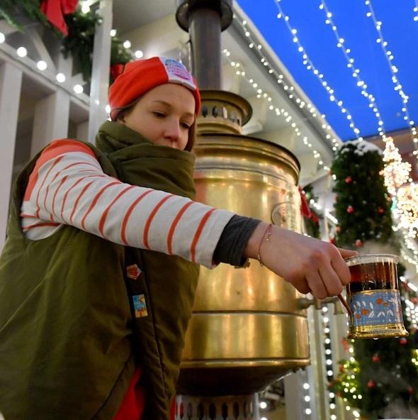Выбираем подарки и учимся делать их сами: самые праздничные новогодние ярмарки