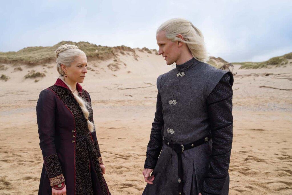 Появились первые официальные кадры сериала «Дом драконов»