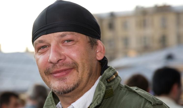 Друг в шоке от разоренной квартиры умершего актера Дмитрия Марьянова