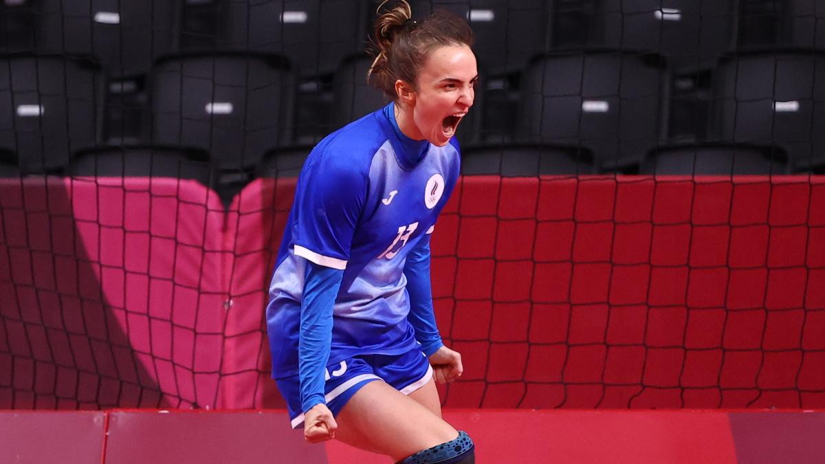 Анна Вяхирева в финале Олимпиады против Франции. Фото: REUTERS