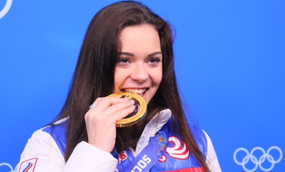 Олимпийская чемпионка Сочи Аделина Сотникова покидает проект «Ледниковый период». Фото: Global Look Press